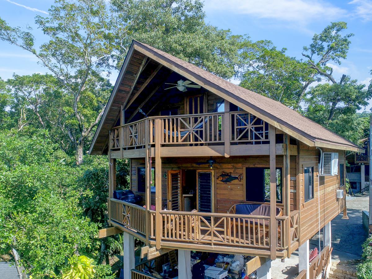 Ocean Front Mayan Villa 2 Bedroom/2 Bath